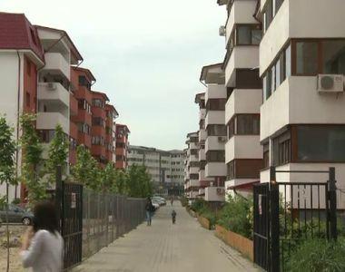 Haos pe piata imobiliara! Tot mai multi romani vor sa scape de apartamentele din...