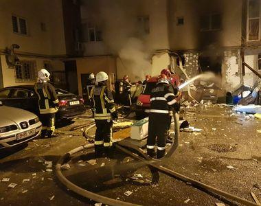 Au trecut 5 zile de la incendiul care a distrus un bloc din Capitala, dar pompierii...
