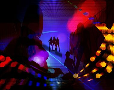 Zeci de tinere din Buzau au fost racolate pentru a se prostitua in strainatate....