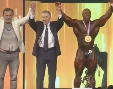 Shawn Rhoden, cel mai musculos om din lume! La 19 ani era supraponderal, iar la 42 a...