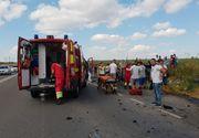 Accident cumplit in Constanta! Pompierii SMURD s-au chinuit sa scoata victimele dintre fiarele contorsionate!