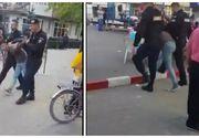 Scandal la Odobesti, Vrancea! Doi frati au sarit sa taie politistii cu topoarele. Video