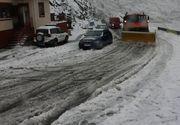 Locul din Romania unde stratul de zapada a atins 10 cm! Drumarii au intervenit cu utilaje