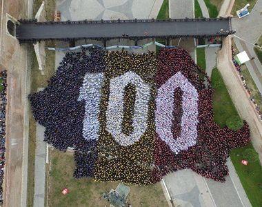 Alba Iulia a intrat in Cartea Recordurilor cu cea mai mare harta a unei tari formata...
