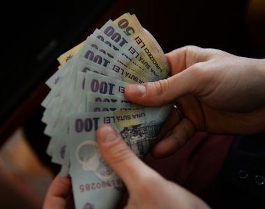 Anuntul care a bagat frica in romani: scad salariile de la 1 ianuarie! Cine sunt cei...