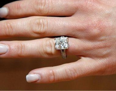 A fost ceruta in casatorie, dar cand a vazut inelul a fost dezamagita. Logodnicul ei o...