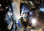 Accident grav în Olt! A făcut maşina praf, după ce a intrat cu viteză într-un copac