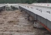 Atenţionare MAE pentru românii care călătoresc în Franţa: Pericol de inundaţii în sudul ţării!