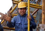 Muncitorii vietnamezi iau cu asalt Romania! Cat platesc companiile romanesti pentru fiecare angajat adus din Asia!