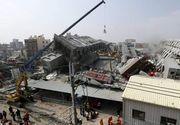 Bilanţul estimat al cutremurului de 7,5 grade arată cel puţin 4.587 persoane, iar 8.585 au fost rănite; zeci de mii de oameni nu au locuinţă, apă sau curent