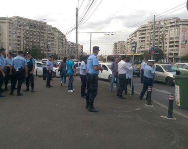 Scandal uriaş în Ploieşti! Poliţiştii au fost agresaţi de mai mulţi romi, în plină stradă