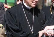 Drama episcopului din Oradea! S-a îmbolnăvit grav după incendiul de la Palatul Episcopal! A fost transportat acum la un spital din Italia