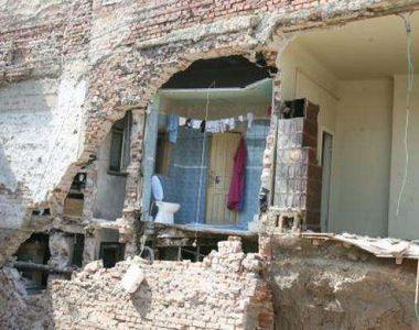 Un bloc din Timişoara e la un pas să se prăbuşească, după ce proprietarii unui...