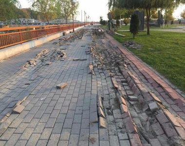 Ce construieşte Dorel, dărâmă tot el, dar cu banii altuia! În Târgu-Jiu, angajaţii...
