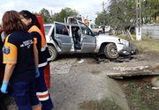 Accident în Olt! Patru cetăţeni italieni s-au izbit cu maşina într-un cap de pod