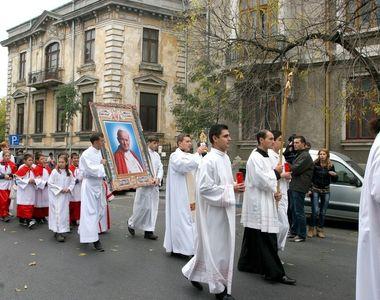 Restricţii de trafic în Bucureşti, duminică, în urma unei procesiuni religioase