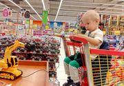 Imagini emoţionante cu băieţelul de nici doi ani, mort după ce a fost operat! Diseară, la Ştirile Kanal D, urmăriţi un reportaj sfâşietor acasă la părinţii micuţului