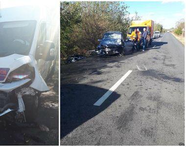 Accident cu patru victime în Dolj, după ce o dubă şi un autoturism s-au ciocnit!...