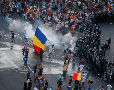 Şapte protestatari au fost arestaţi preventiv pentru agresarea jandarmilor la mitingul...