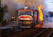 Locomotivă în flăcări, în Satu Mare. Sute de persoane evacuate
