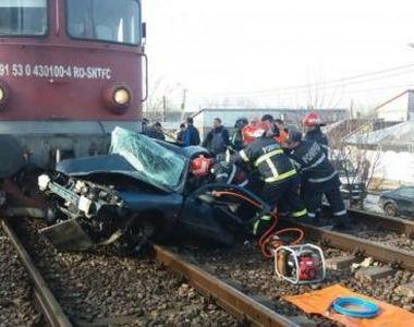 Maşina unui român spulberată pe calea ferată, în Italia. Poliţiştii au fost îngroziţi...