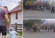 Imagini sfâşietoare de la înmormântarea lui Luca, copilului de 3 ani ucis de tată! De ce nu au participat bunicii din partea tatălui- VIDEO