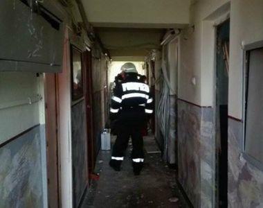 Explozie într-un bloc din Galaţi! Un apartament a sărit în aer în urma unei acumulări...