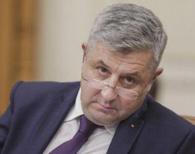 """Florin Iordache după ce a arătat degetele mijlocii opoziţiei: """"Vi s-a părut! E un..."""