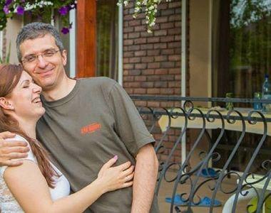 Prima fotografie în postura de medic oftalmolog cu Uliana Ochinciuc, partenera lui Dan...