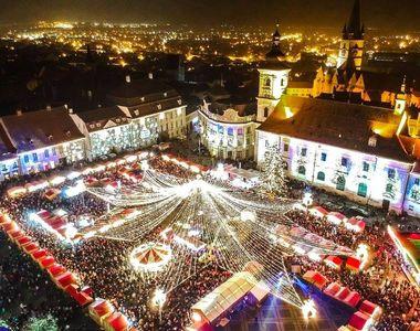 Atmosferă de sărbătoare la Sibiu, după deschiderea Târgului de Crăciun! Mii de turişti...