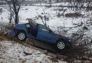 Accident cumplit în Dolj! Un bărbat a intrat cu maşina, în care se mai aflau soţia şi cei doi nepoţi, într-un cap de pod