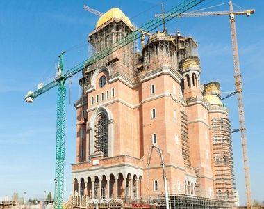 Catedrala Mântuirii Neamului nu are aviz ISU. Sfinţirea lăcaşului de cult se va face pe...