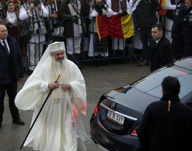 Bolidul de lux, cu care a venit Patriarhul Daniel la Catedrala Mântuirii Neamului, nu...