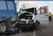Accident cu trei victime în Buzău, după ce un microbuz de persoane şi o dubiţă de marfă s-au ciocnit
