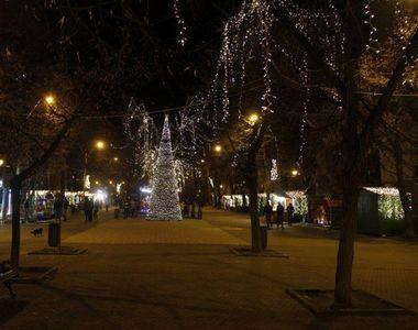 Caz halucinant în Galaţi! Ca să nu mai cheltuie bani pe luminiţe de Crăciun, Primăria...