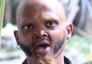 EL este bărbatul cu cea mai lungă limbă din lume! Este impresionant ce poate să facă