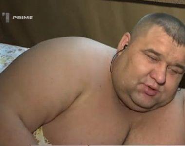 Cel mai gras moldovean a ajuns să cântărească un sfert de tonă! Sergiu Pânzari are 34...