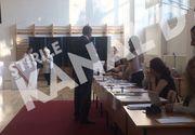 Presedintele Klaus Iohannis a votat in Bucuresti la ora 18.30, dar a refuzat sa explice de ce a votat atat de tarziu