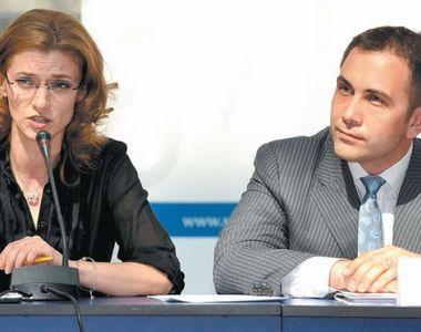 Sotul Alinei Gorghiu este un bancher cu adevarat bogat! Pe langa case, Lucian Isar are...