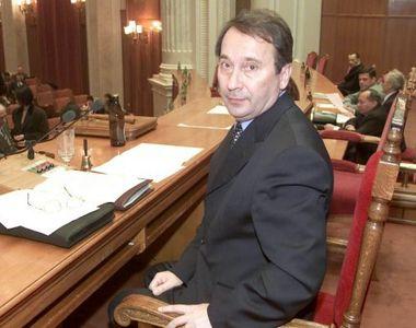 Valer Dorneanu este nou presedinte interimar al Curtii Constitutionale. Fostul deputat...