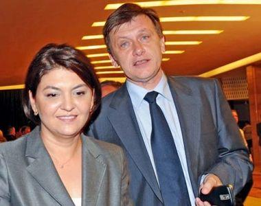 Fata lui Crin Antonescu a ajuns in declaratia de avere a Adinei Valean, sotia...