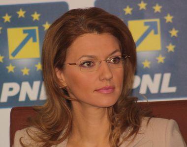 PNL racoleaza tehnocrati. Alina Gorghiu: Doi-trei ministri din Guvernul Ciolos vor fi...