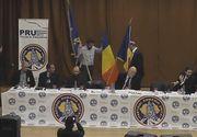 """Băsescu: """"PRU e extremist, va fi urmărit mereu de momentul în care preşedintele partidului arunca de pe scenă drapelul UE"""""""