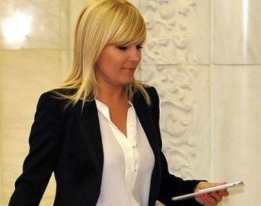 Averi de candidaţi de Bucureşti:13 candidaţi: 26 de terenuri, 17 case, 15 maşini,...