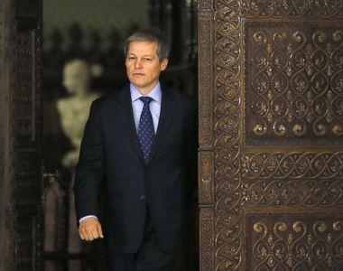 Dacian Ciolos isi face ONG care sa ajute partidele de opozitie. Fostul ministru al...