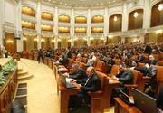 Salariile demnitarilor scad in urma eliminarii plafonarii CAS si CASS. Klaus Iohannis si Sorin Grindeanu pierd 1.000 de lei