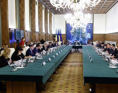 CCR: Legea de abilitare a Guvernului de a emite ordonante in vacanta parlamentara,...