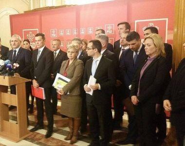 """PNL si USR depun motiune de cenzura impotriva Guvernului Grindeanu. """"Acest guvern..."""