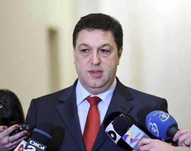 Serban Nicolae care vrea sa traga la raspundere parlamentarii pentru ca si-au aprins...