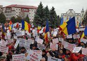Miting pro-guvernamental la Targoviste: Organizatorii spun ca au participat 12.000 de persoane. Liderii PSD au transmis mesaje de sustinere pentru guvernul Grindeanu si pentru Dragnea